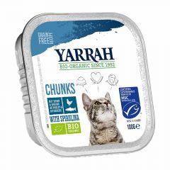 Yarrah - Nassfutter - Bio Bröckchen mit Huhn, Hering & Spirulina (getreidefrei)